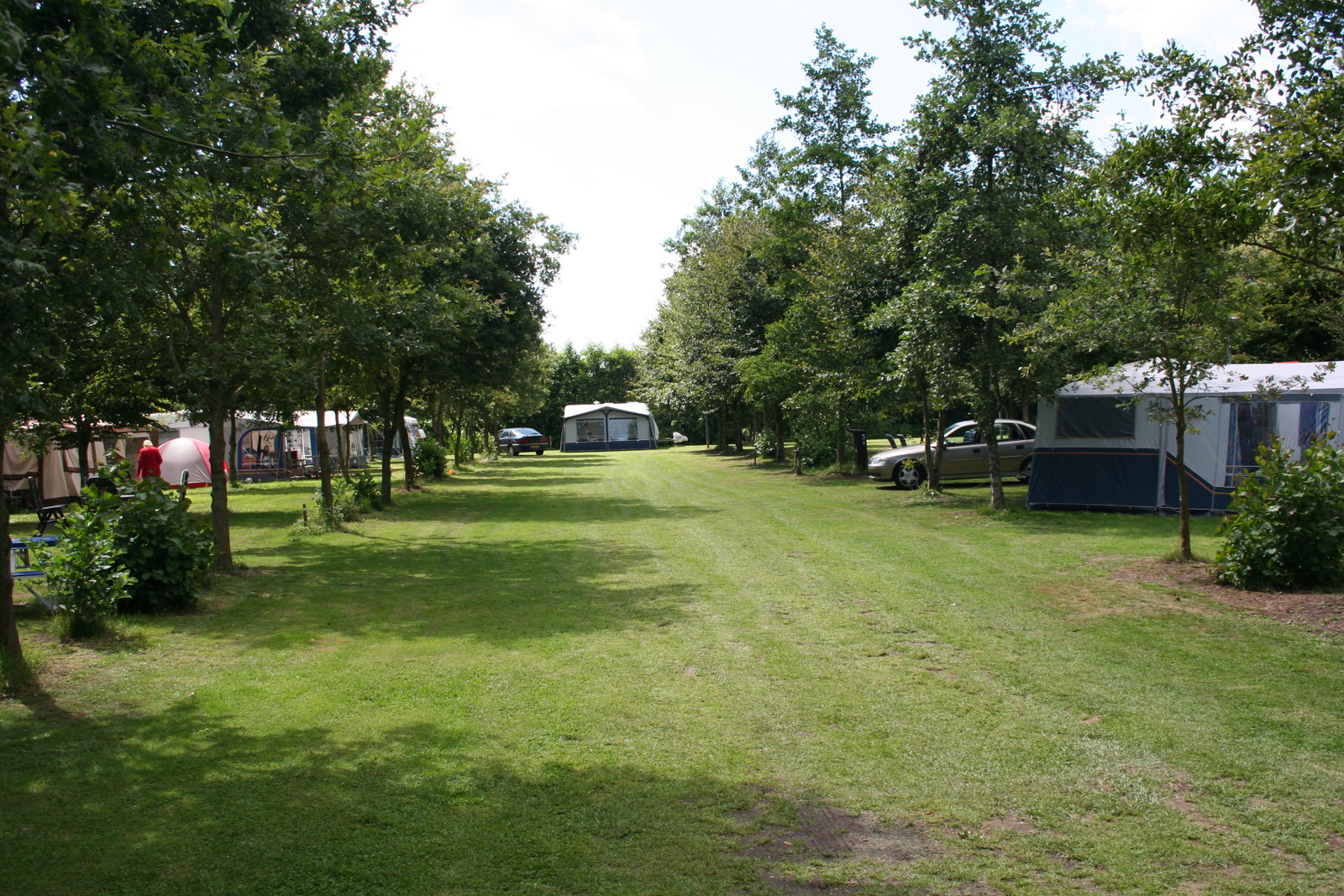 kamperen op camping de Drenthse Roos in het Reestdal in Drenthe